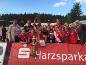 Die Mädels des USV Potsdam gewinnen das Hüttenroder Volleyballturnier 2015!
